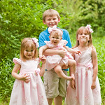 Family and Children Photography in Syracuse NY, Central NY, CNY and Upstate NY by Mariana Roberts Photography. Outdoor Family and Children Photography. Creative and Artistic Family and Children Photography.