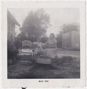 22 - Lura, Willie Kate 1957