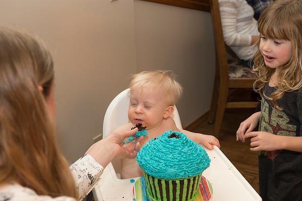 DSC_5570e First Bite of Cake