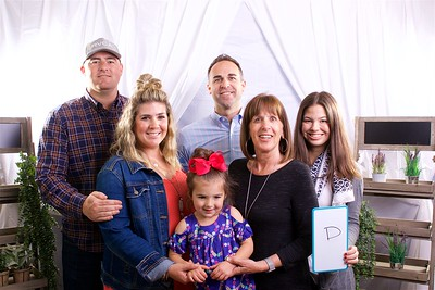 Newport Mesa Regional Ministry Mothers day Portraits  on May 13, 2018,  Photographer: David Bremmer