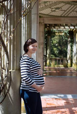 Becci Maternity Shoot