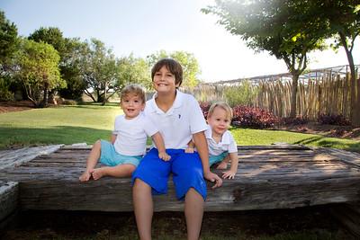 April Cavess Family Portrait-121