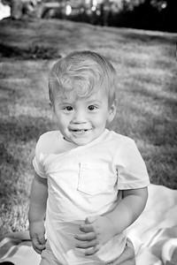 April Cavness Family Portrait_BW-106
