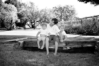 April Cavness Family Portrait_BW-115