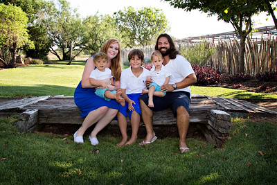 April Cavness Family Portrait-122