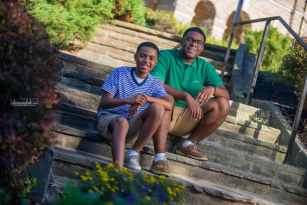 Summertime Family Portraits with Shawndale Thomas Photography