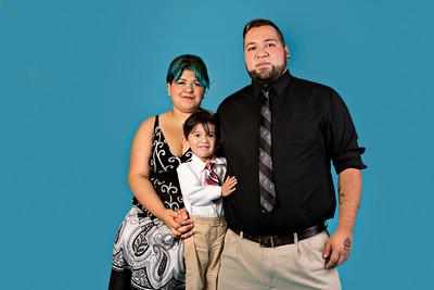 Mendias Family 082015-CLR-104