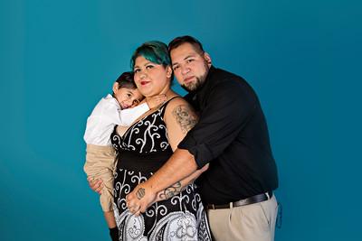 Mendias Family 082015-CLR-103