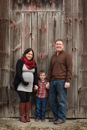 Natural Maternity and Family Portraits