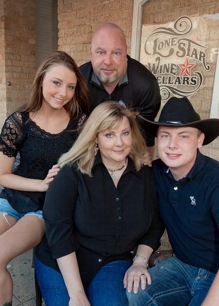 Thrush Family Portraits 51813