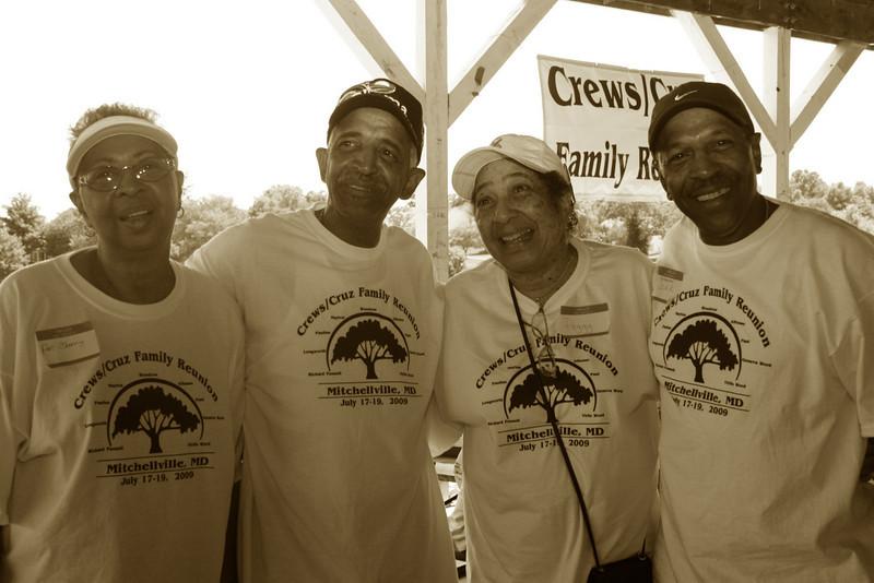 The Cruz and Crews Family Reunion 2009 012