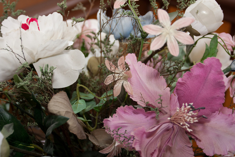 Flower arrangement by the drinks - not really the right colors for Thanksgiving, but pretty none the less.