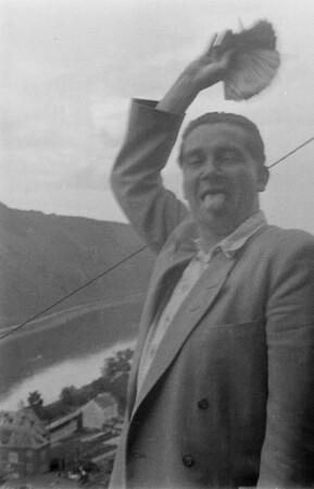 1951, Mosel