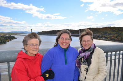 Hildegard, Leslie and Jenny
