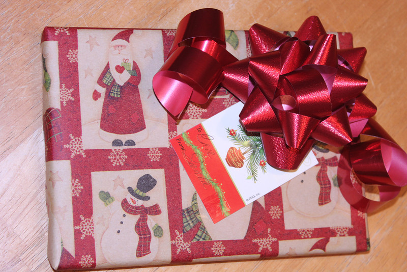 My first attempt at wrapping.  I was up until 2 AM Friday morning, but I got them all wrapped up;