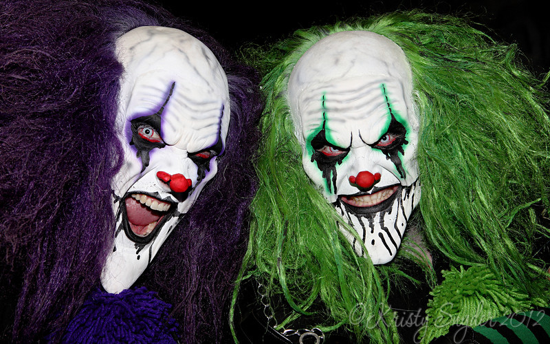 What could be worse than a scary clown?  How about 2 scary clowns...  lol..   Loved the detail in the make up..  even their eyes have some kind of cool contact lens on them.