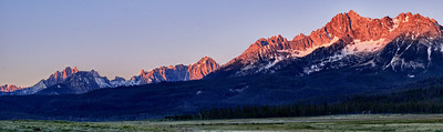 August Accent - Sawtooth Dawn Stanley, Idaho