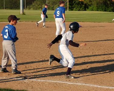 +080618 M Baseball vs Blue Jays (321)_072