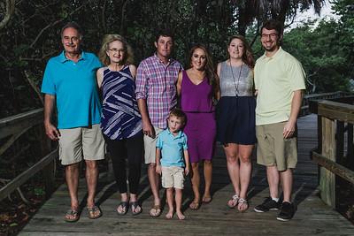alessandra-hall-big-family-19