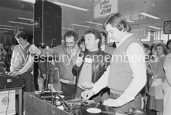 Gerry Marsden at Woolworth's, Mar 1983