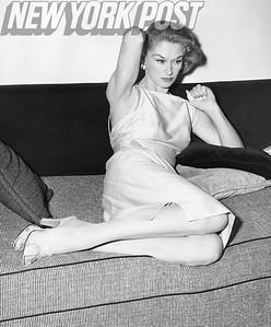 Lisa Fonssagrives Modeling In New York Apartment. 1955.