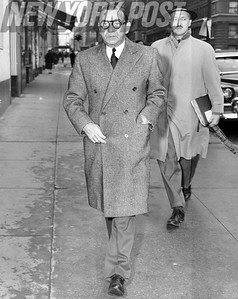 Irving Berlin arrives for playwright, Charles MacArthur's, funeral. 1956