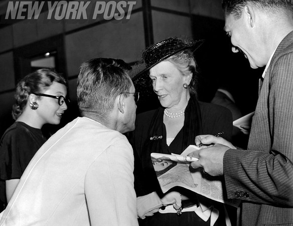 Lady Astor talking to supporters. August 11, 1947.