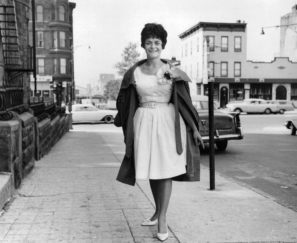 Mrs. Hellen Berte on the NYC streets. 1962