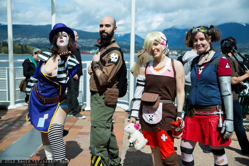 Max Moxxi, Axton, Tiny Tina, and Gaige