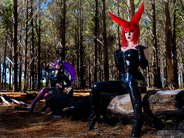 Wild Kat (red horns) and Paranoir (purple horned hood) in the forest.