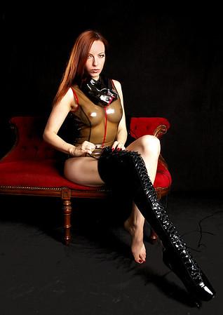 Emily Boots n bondage (14)