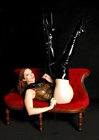 Emily Boots n bondage (34)