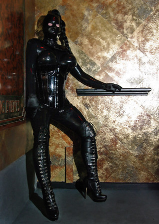 Latex Lounge (217)