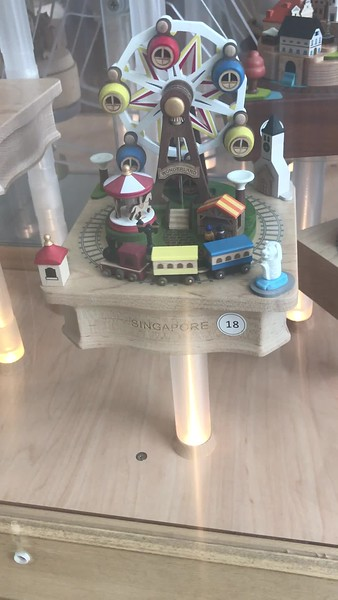 Singapore, upscale toys