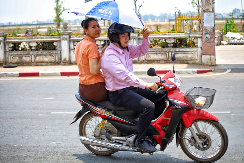 Vientiane 20130409 06-12-16 IMG_4557 ©derekrigler2013