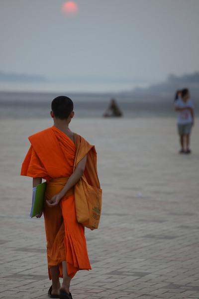 Vientiane 20130408 12-20-46 IMG_4407 ©derekrigler2013