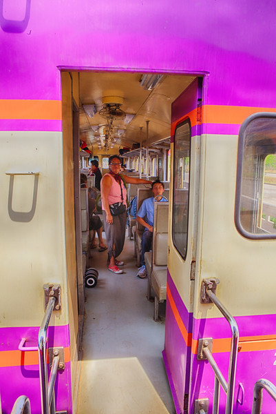 Vientiane 20130408 04-56-23 IMG_4257 ©derekrigler2013_HDR