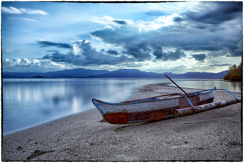 Boat on sandbar 1