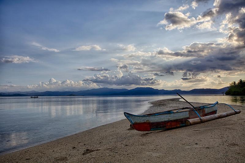 Boat on sandbar 2