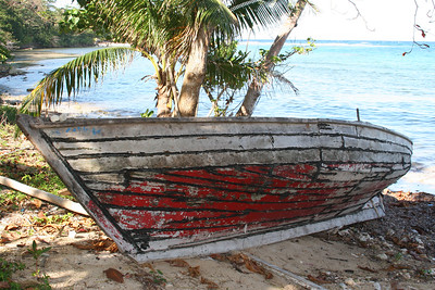 20060416-BOAT FROM HAITI LINCOLN.jpg