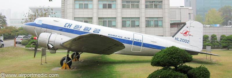HL2002 Douglas C47 Korean Air Lines