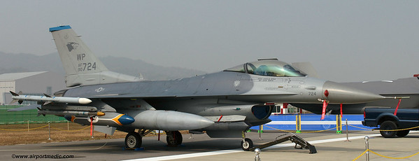 90-0724 General Dynamics F16CM Fighting Falcon USAF