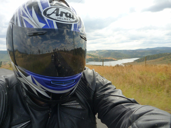 FarRide East 15 - passing Lake Lyell near Lithgow