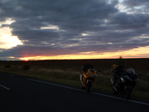 FarRide East 16 - Sunset out of West Wyalong