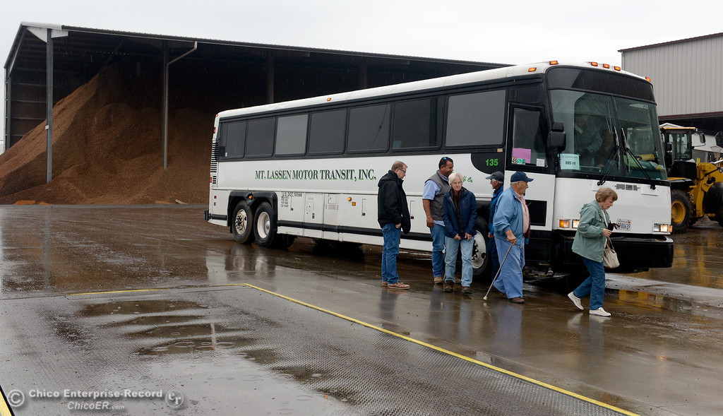 . Passengers unload at 4 Corners Hulling and Shelling during the 2017 Farm City Bus Tour Wednesday Nov. 8, 2017. (Bill Husa -- Enterprise-Record)