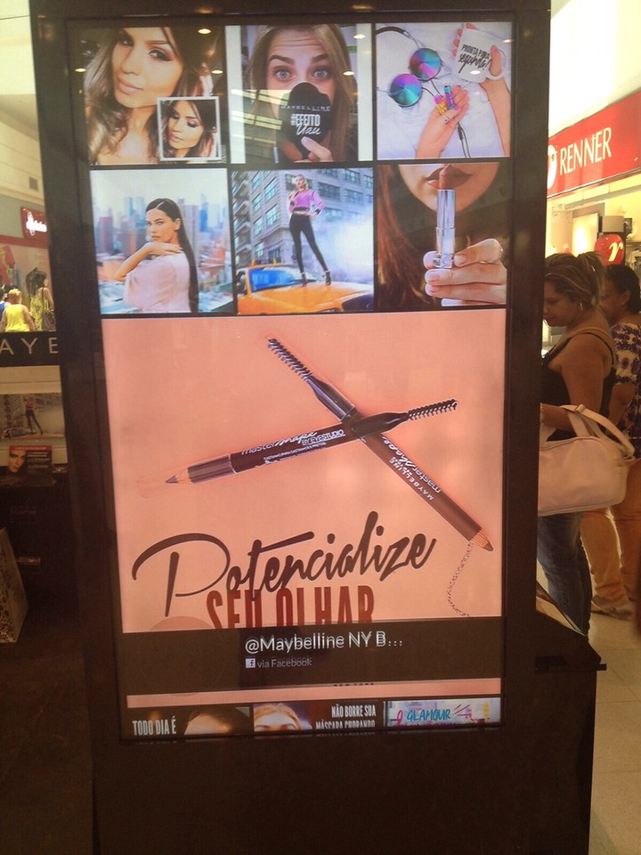 TINT player in Brazil for Loreal Maybelline Mall Kiosks