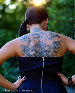 Jessica has posed for the North Carolina Photography Meetup group where she met some of the members in the Raleigh group.  She came down from the Triad area to pose for us tonight.  I'm going to have to find out where she got her back piece done.  The artwork is absolutely beautiful.