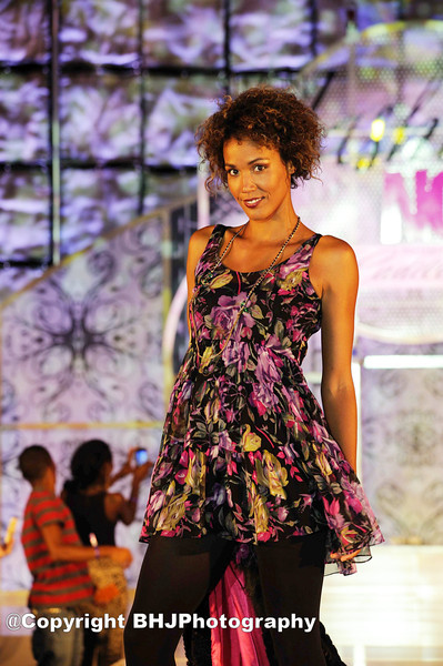 2011 Simon Gallierian Fashion Show