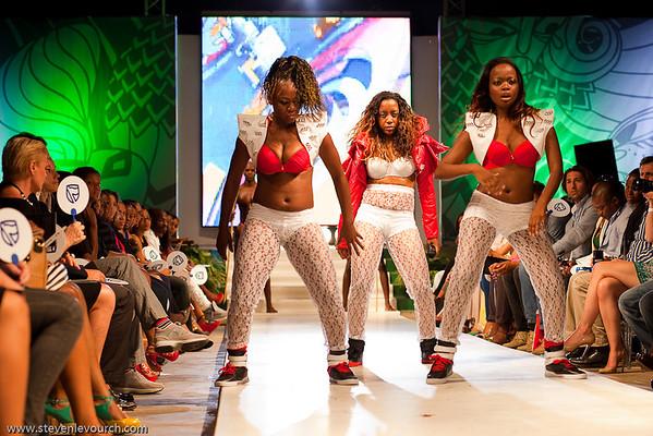 Dama do Bling, 2012 Fashion Week, Maputo, Mozambique.