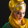 Fotograf: Zafar Iqbal <br /> Model: Julie Hayat <br /> Make-up: Shahbanoo Rahimi <br /> Tørklædestylist: Stylist Özlem K <br /> Tøj: Amtulz Designers' Lounge